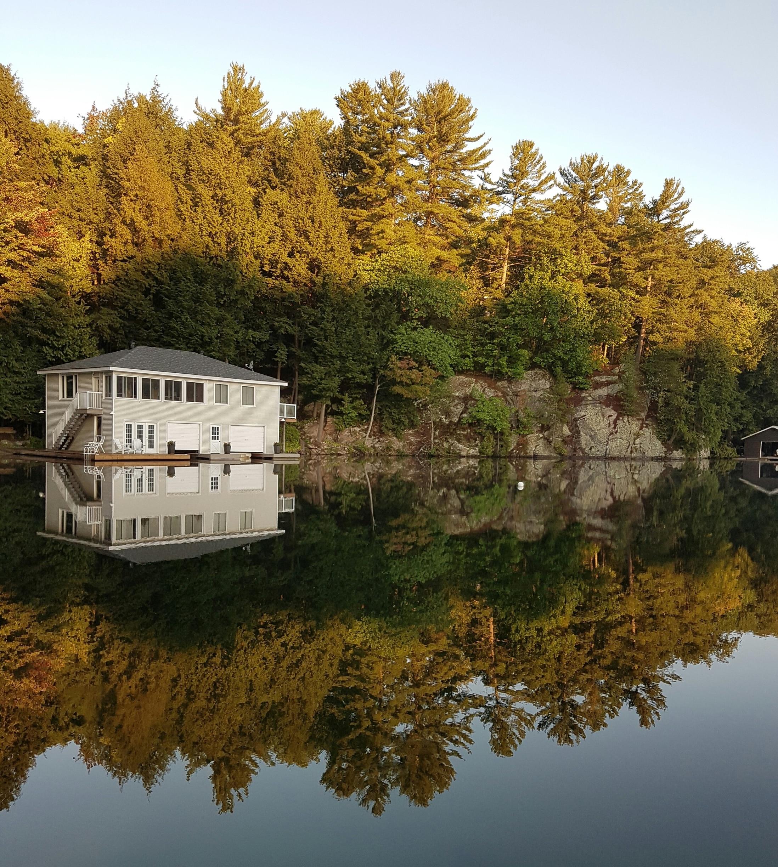 Lake Joseph, Ontario, Canada