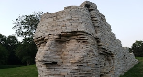 Leatherlips Monument