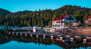 Desa Lake Arrowhead