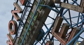 Công viên giải trí Deno's Wonder Wheel