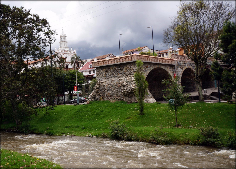 Puente Roto, Cuenca, Azuay, Ecuador