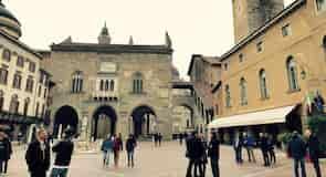 Náměstí Piazza Vecchia
