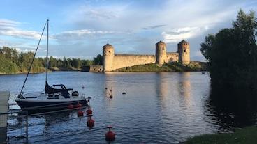 奧拉維莉娜城堡/