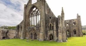 โบสถ์ Tintern