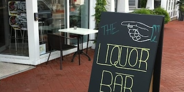 The BEST farm to table restaurant in downtown Annapolis.  The liquor bar and specialty cocktails can't be beat. Hometown fave, for sure!