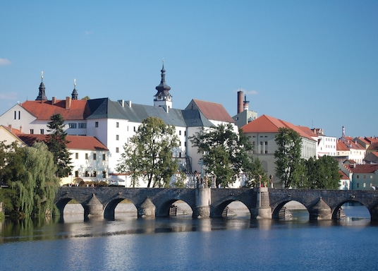 피세크, 체코
