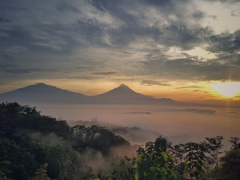 Punthuk Setumbu, Borobudur, Central Java, Indonesia