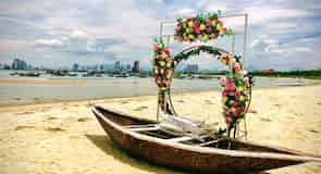 Hoang Sa Beach