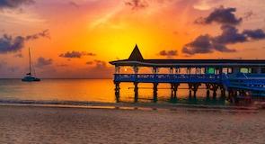 Παραλία Dickenson Bay Beach