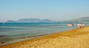 カラマキ ビーチ