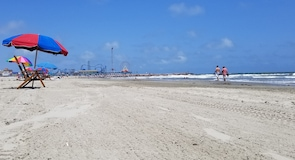 Galveston Island Historic Pleasure Pier (парк развлечений)