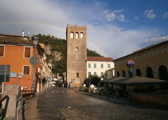 蒙塞利切, 義大利