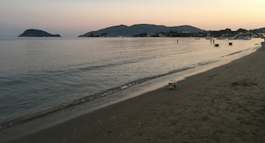 ラガナス ビーチ