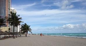 Sunny Isles Beach Beach