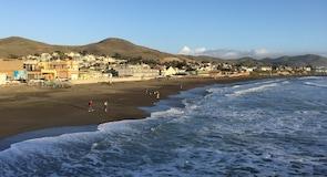 Pantai Negara Cayucos