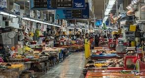 سوق جاجالتشي للسمك