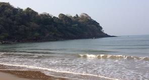 Bãi biển Rajbag