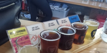 Delicious brews and a really great Happy Hour at Aslan Brewing in Bellingham, WA!