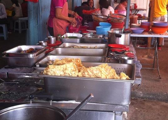 กูวาร์เตร์ส กัมปุง ปันดัน, มาเลเซีย