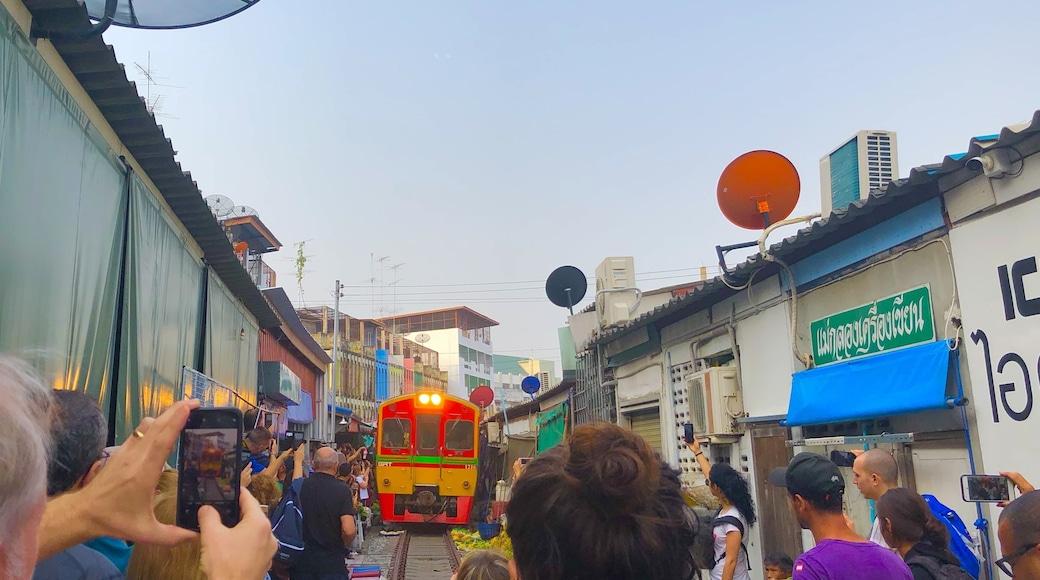 Photo by Nana Ishii