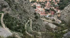أسوار مدينة كوتور القديمة