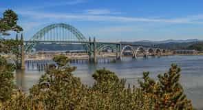 Yaquina Bay Bridge (most)