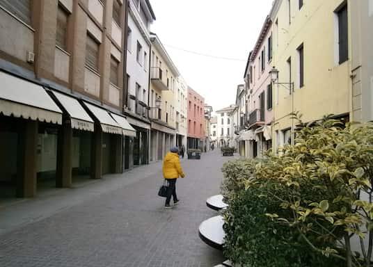 مونسيليسي, إيطاليا