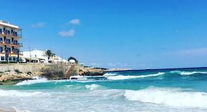 Bãi biển Son Moll
