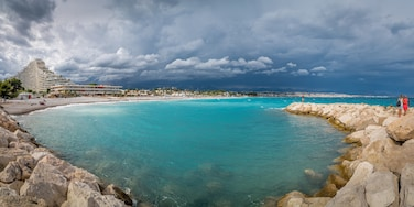 Villeneuve-Loubet, not famous but in my opinion one of best cities for photographers on Azure Coast. Here just a few minutes before a huge rainstorm.  #BeachTips #bvsquad #France #azurecoast