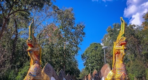 Wat Phra That Jom Thong