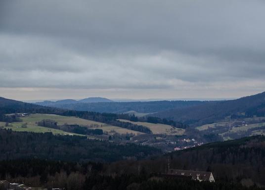 盧安山, 德國