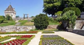 Замок Роше-Курбон