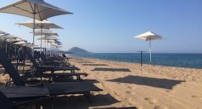 Mati-Bouka tengerpart