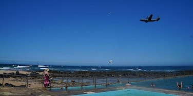 Corrimal rock pools. Corrimal is about 1.5 hours southern of Sydney near Wollongong. Australian airforce plane flying over. #beach, #corrimal, #Australia,  # Wollongong,  #raaf, #plane www.wyldfamilytravel.com