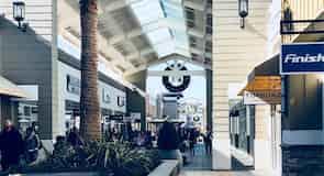 Trgovački centar San Francisco Premium Outlets