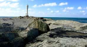 士諾海灘燈塔