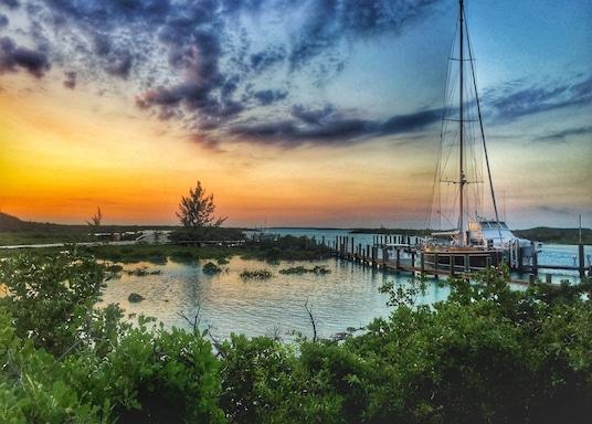 เกาะ Compass Cay, บาฮามาส