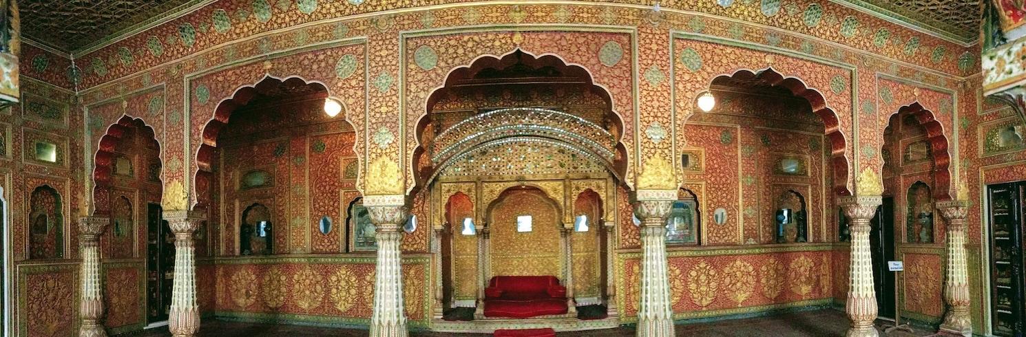 碧卡內 (及附近地區), 印度