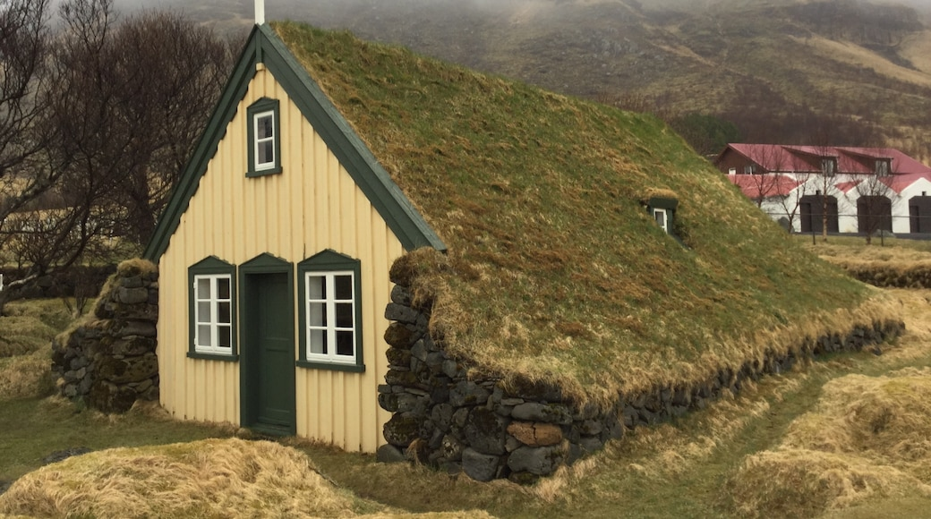 Photo by Iceland Is Niceland