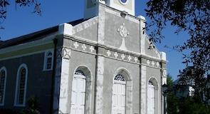 Saint Martin de Tours Katolik Kilisesi
