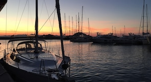 图尔古特雷伊斯 D-马林码头