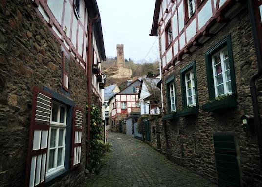 蒙里爾, 德國