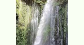 Sendang Gile és Tiu Kelep-vízesés