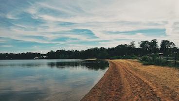 朗康科馬湖/
