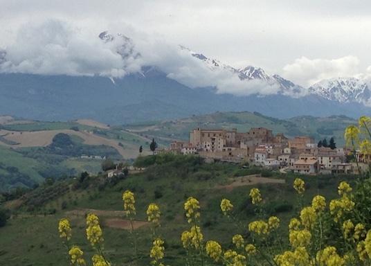 Elice, Włochy