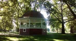 Pioneer Park Aviary