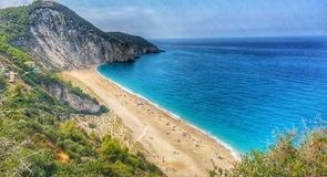 شاطئ ميلوس