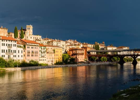 باسانو ديل جرابا, إيطاليا