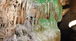 Linville Mağaraları