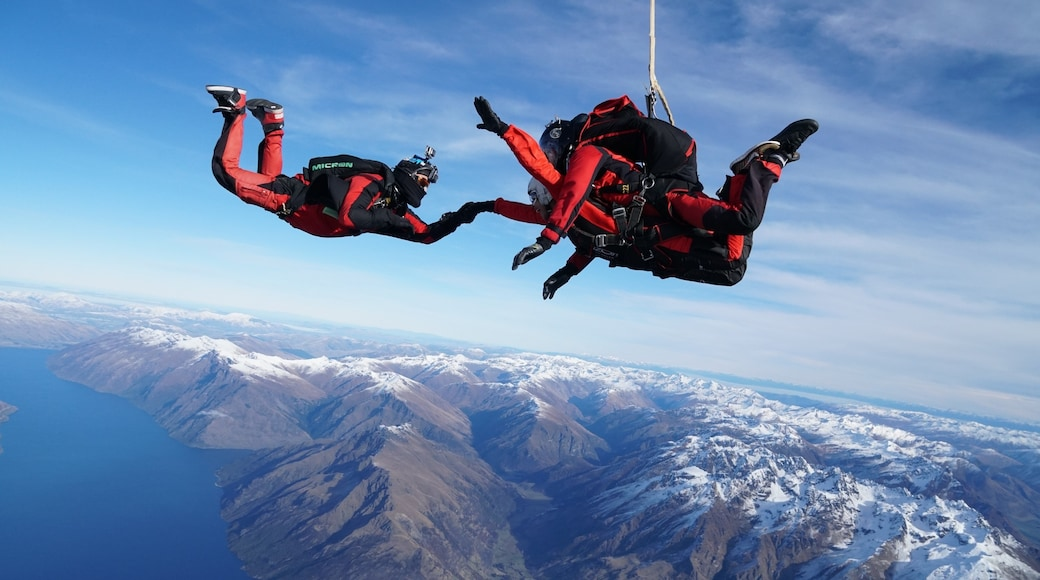 Photo by NZONE Skydive (Queenstown, New Zealand)